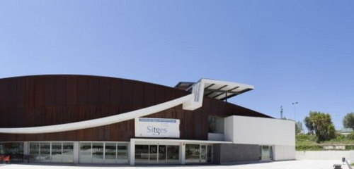 Acuerdo de colaboraci n con la piscina municipal de sitges for Piscina municipal sitges